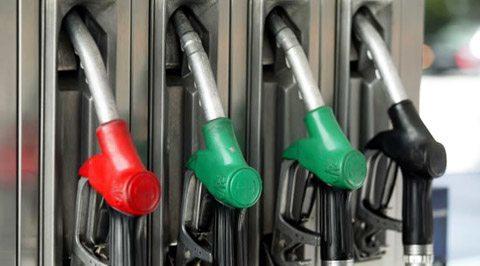 El aceite para la mezcla con la gasolina para la motosierra
