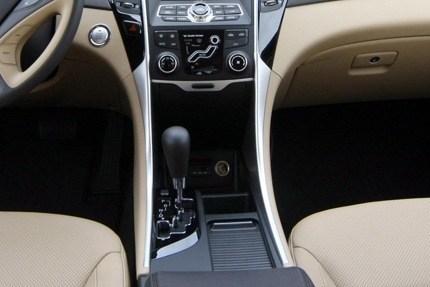 Hyundai Sonata 2010 (i40) 6