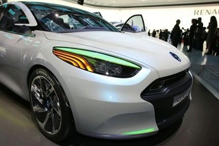 Renault Fluence Zero Emission Z.E. Concept2