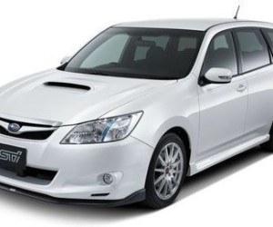 TOKIO 2009, Subaru Exiga 2.0 GT Turbo, Hybrid Tourer y Impreza WRX STI Carbon