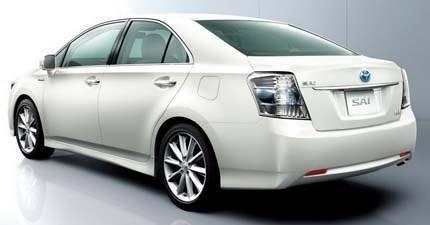 Toyota-Sai-Hybrid chico2
