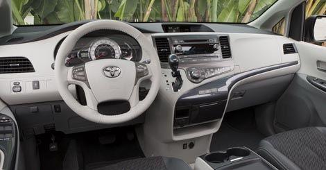Toyota-Sienna chico2