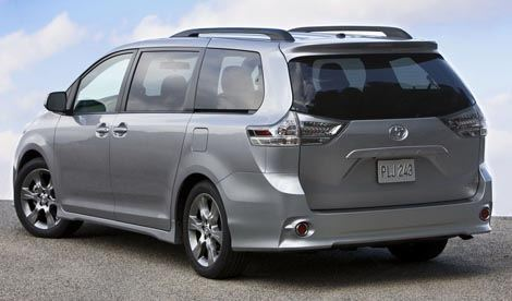 Toyota-Sienna chico3