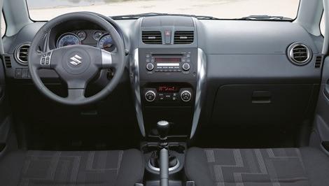 Suzuki SX4 Sedán 2010 chico5