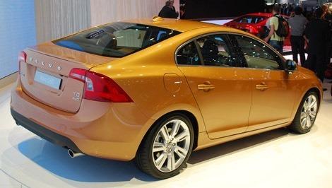 Volvo-S60-Sedan chico3