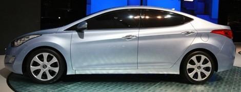 Hyundai Avante 2010 chico2