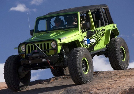 Jeep Wrangler ImMortal chico