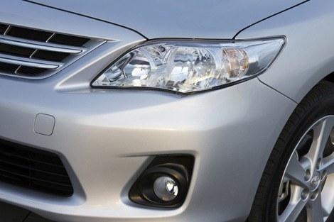 Toyota Corolla Sedán chico2