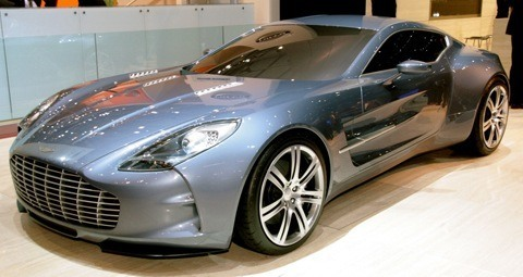 Aston Martin One-77 chico4