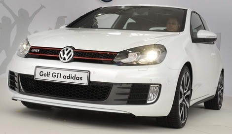 volkswagen golf gti adidas y excessive para w rthersee 2010. Black Bedroom Furniture Sets. Home Design Ideas