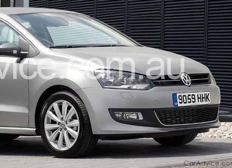 VW_Polo_Sedan_01