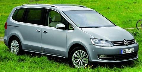 Volkswagen-Sharan_2011_04