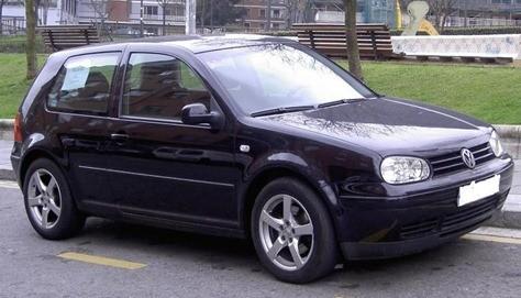 Volkswagen Golf - Buscatucoche