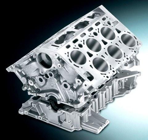 Dentro de los cilindros es donde los pistones suben y bajan, ayudados por las bielas. Los motores de refrigeración líquida, los más frecuentes, ...