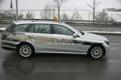 2010-mercedes-e-class-wagon-spy-photos_2