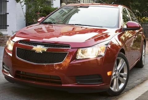 Chevrolet-Cruze_2011_07