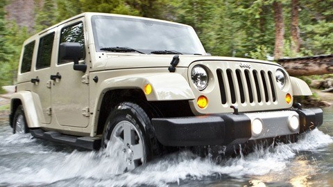 Jeep-Wrangler_2011_1024x768_wallpaper_05