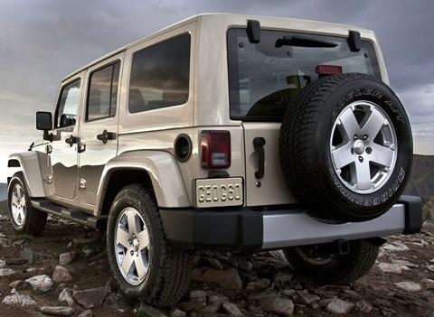 Jeep-Wrangler_2011_1024x768_wallpaper_0b