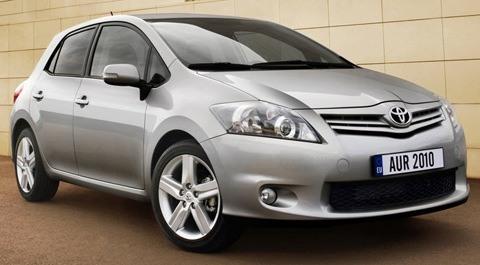 Toyota-Auris_2010_01