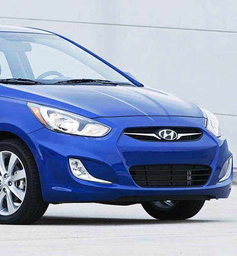 Hyundai-Accent-chico3
