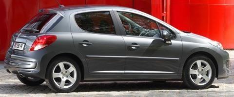 Peugeot-207_2010_1024x768_wallpaper_0b