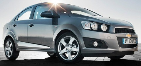 Chevrolet-Aveo_Sedan_2012_1024x768_wallpaper_05