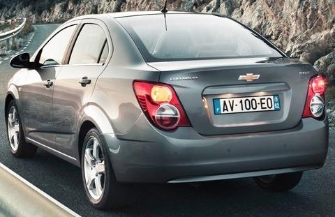 Chevrolet-Aveo_Sedan_2012_1024x768_wallpaper_18