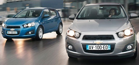 Chevrolet-Aveo_Sedan_2012_1024x768_wallpaper_26