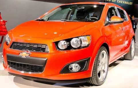 Chevrolet-Sonic_2012_07