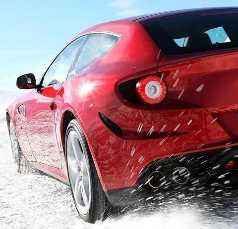 Ferrari-FF_2012_1024x768_wallpaper_2a