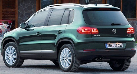 Volkswagen-Tiguan-2011-01
