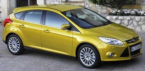 Ford-Focus_2011_03