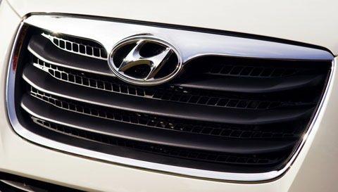 Hyundai-Santa_Fe_2010_chico1