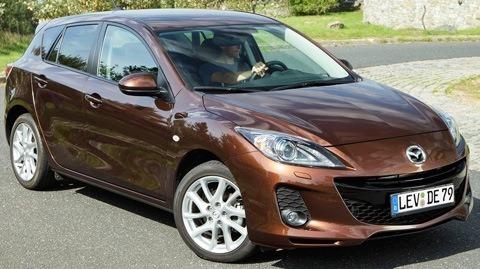 Mazda-3_2012_chico2