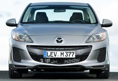 Mazda-3_Sedan_2012_chico1