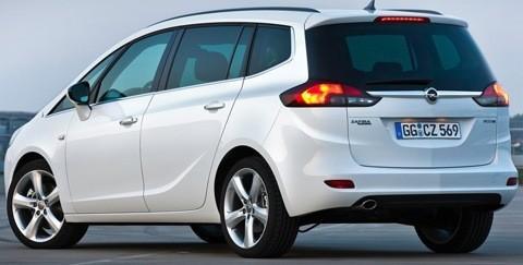 Opel-Zafira_Tourer_2012_chico7