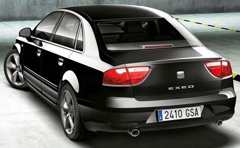 SEAT Exeo 2012-chico1