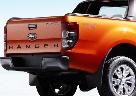 Ford-Ranger_2012-08