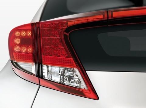 Honda-Civic_EU-Version_2012_011