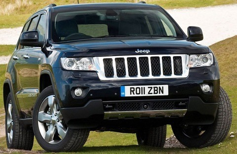 Jeep-Grand_Cherokee_UK_Version_2011_01