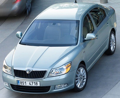 Skoda-Octavia_2009_1280x960_wallpaper_10