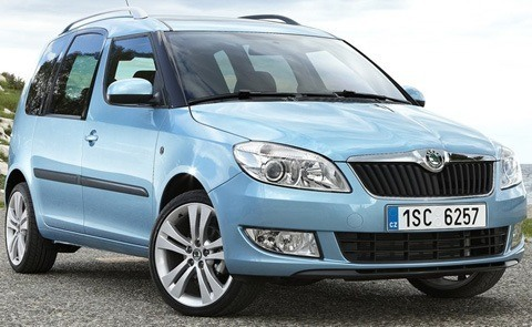 Skoda-Roomster_2011_1280x960_wallpaper_01