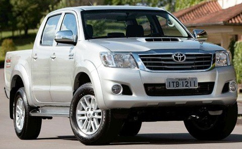 Toyota-Hilux-2012-brasil-chico1