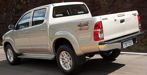 Toyota-Hilux-2012-brasil-chico8
