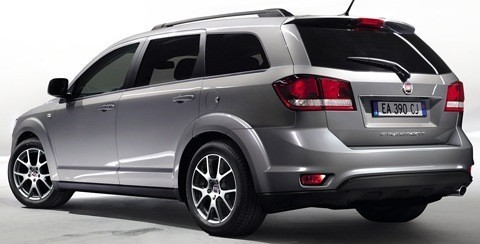 Fiat Freemont 4WD 2012-04