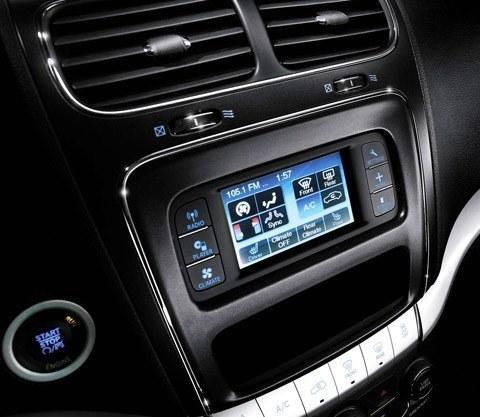 Fiat Freemont 4WD 2012-06