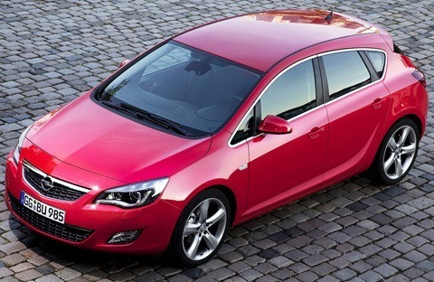 Opel-Astra_2012-07