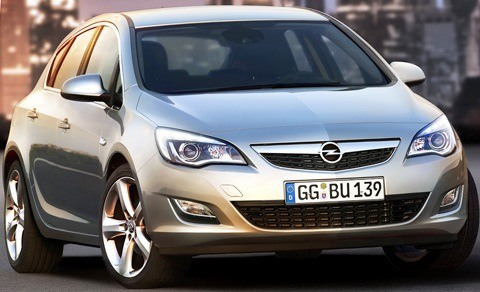 Opel-Astra_2012-08