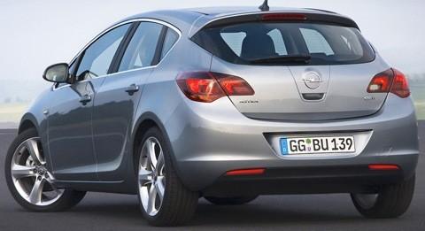 Opel-Astra_2012-11