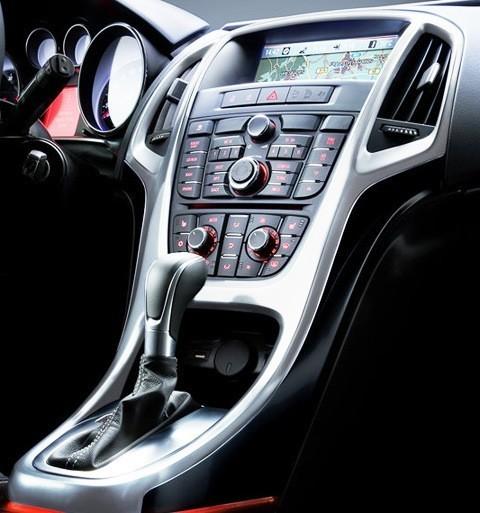 Opel-Astra_2012-13